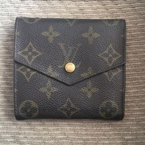LV vtg snap wallet